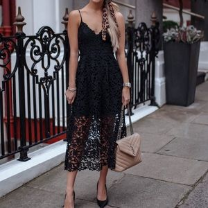 ASTR the label black lace midi dress size large